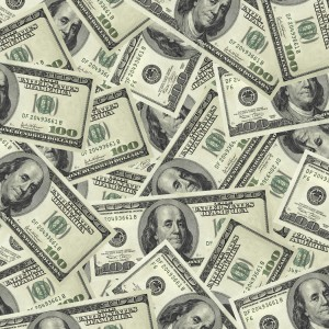 Bartenders Earn a Salary and Tips